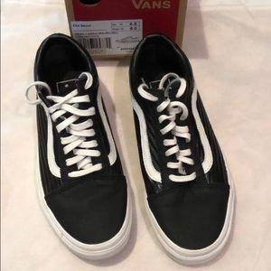 Vans • Old Skool Moto Leather Sneakers